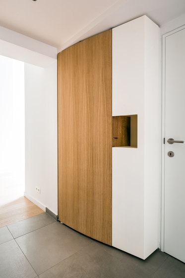 Curve Wood and Steel | Rounded Doors de Jo-a | Guardarropas