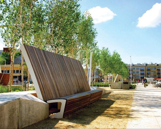 landscape | Park bench with high backrest by mmcité | Benches