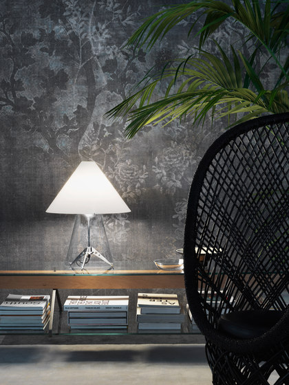 Metafora Table lamp by FontanaArte | General lighting