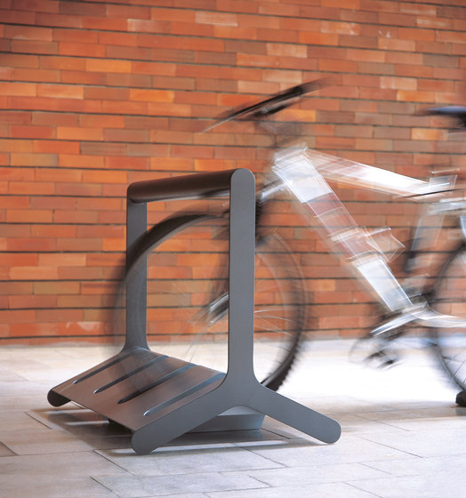 velo |  Two-sided bicycle stand with bar di mmcité | Portabiciclette