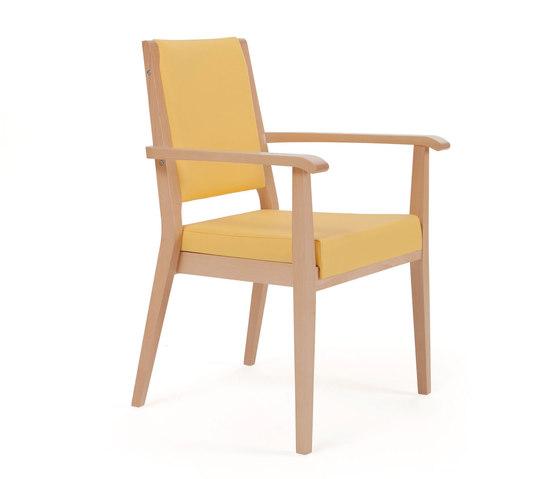 Aero 56 15 1 elderly care chairs from piaval architonic for Sillas de salon con reposabrazos