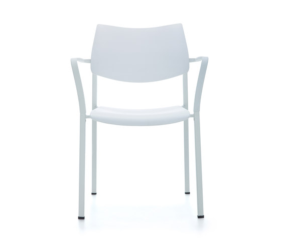 Branka | polypropylene by AKABA | Chairs