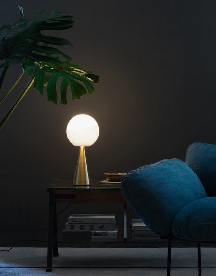 Bilia Table lamp by FontanaArte | Table lights