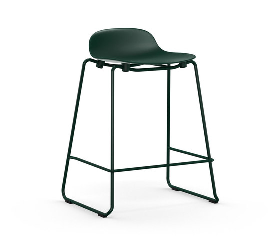 Form Barstool 65 stacking de Normann Copenhagen | Taburetes de bar