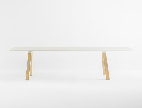 Arki-Table ARKW WOOD by PEDRALI | Dining tables