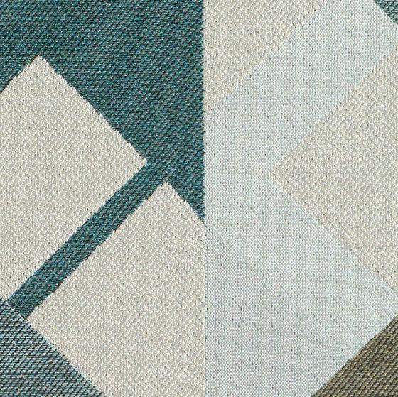 Refraction | Frequency von Luum Fabrics | Möbelbezugstoffe