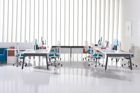 Expansion Cityline by Teknion | Desks