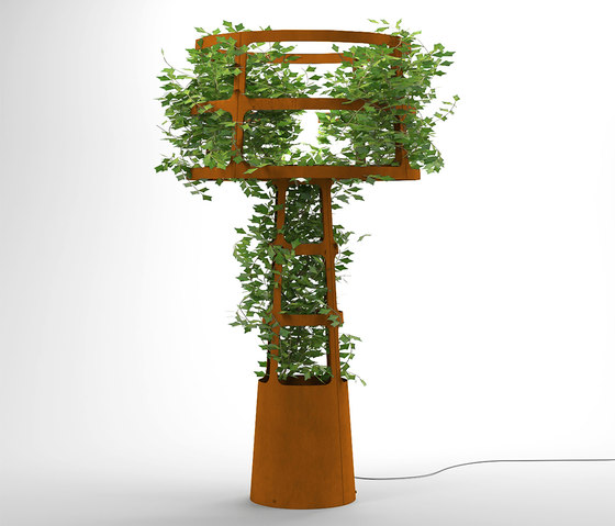 Sophie planted by lasfera | Free-standing lights