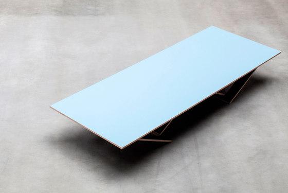 ta tisch | blue surface von valerie_objects | Mehrzwecktische