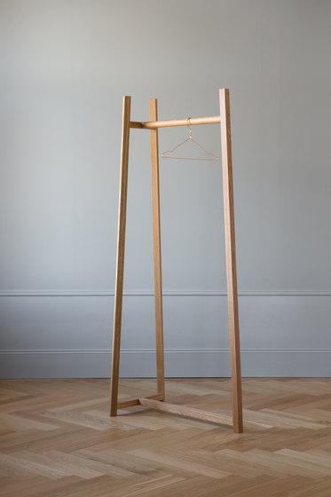 Lonna coat stand | Medium de Made by Choice | Porte-manteau