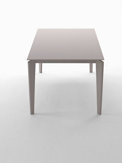 Akil by Midj | Dining tables