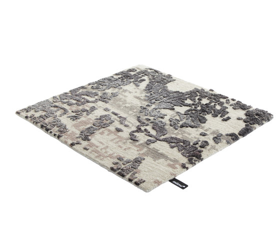 Iconic charcoal by Miinu | Rugs