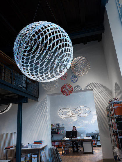 Hellbob 200 by Windfall | Suspended lights