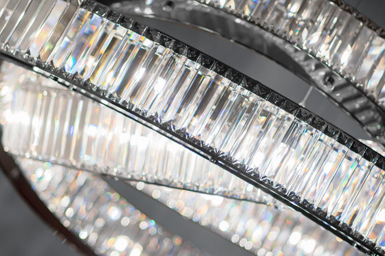 Jewel 3 160 by Windfall | Suspended lights