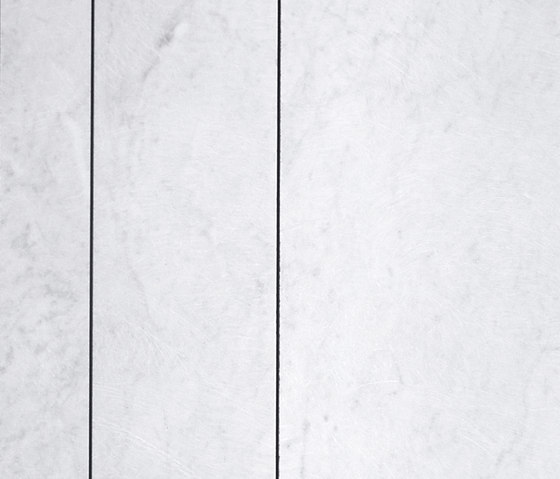 Tratti Bianco Carrara Cotone by Salvatori   Natural stone tiles
