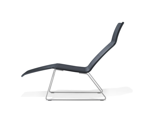 8330/1 V-Travel by Kusch+Co | Sun loungers