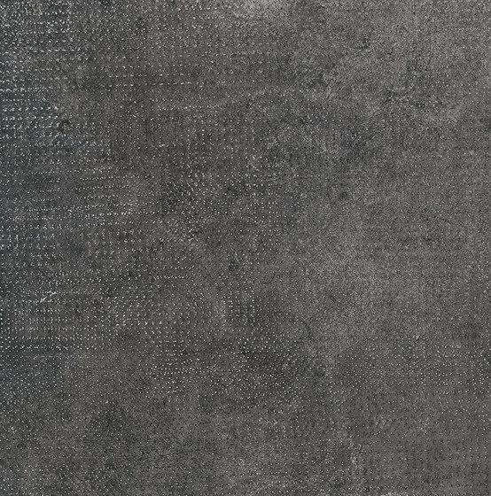Statale 9 Texture Nero Carbone de EMILGROUP | Carrelage céramique