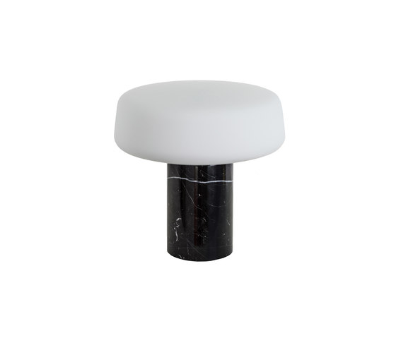 Solid Table Light – Small – Nero Marquina von Terence Woodgate | Tischleuchten