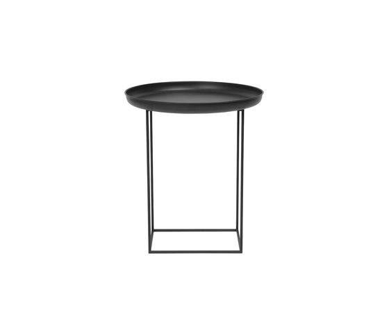 Duke Side Table, Small - Earth Black de NORR11 | Mesas auxiliares