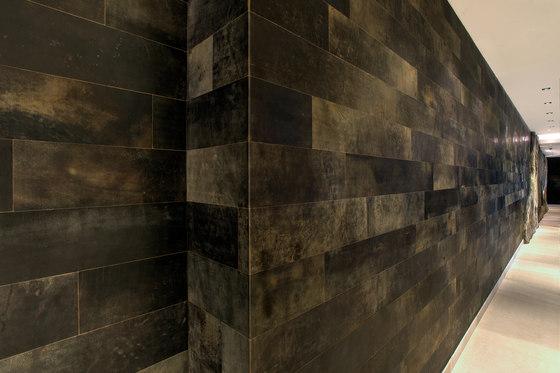 Leather wall de Freund   Revestimientos de paredes / papeles pintados