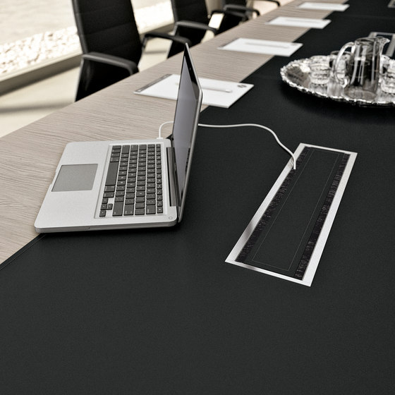 Cable management by Quadrifoglio Group | Table equipment
