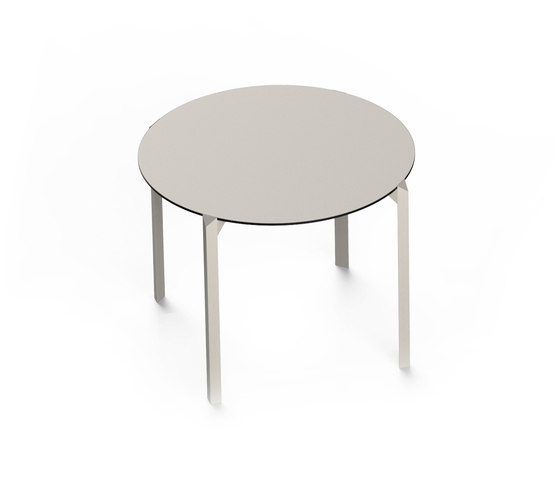 Quartz by Vondom   Dining tables