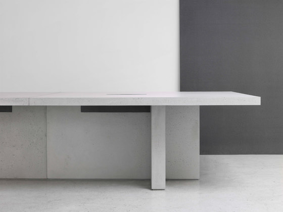 Edition Table Configuration 1 di Isomi | Tavoli contract