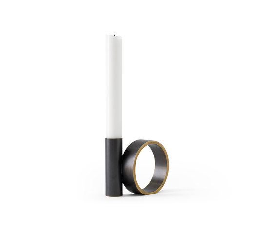 Balance Candle Holder de MENU | Bougeoirs
