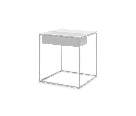 Kaja End Table High de Kenneth Cobonpue | Mesas auxiliares
