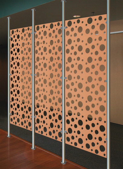 Perforated Metal Room Divider in Classic Collection Clear de Moz Designs | Paneles metálicos