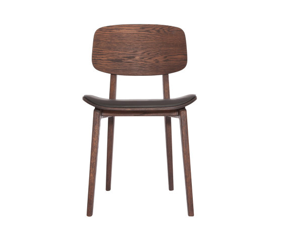 NY11 Dining Chair, Dark Stained - Premium Leather Black de NORR11 | Sillas