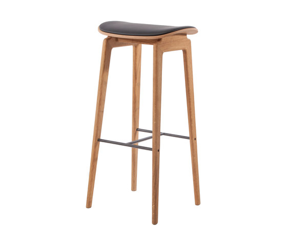 NY11 Bar Chair, Natural - Premium Leather Black, High 75 cm de NORR11 | Taburetes de bar