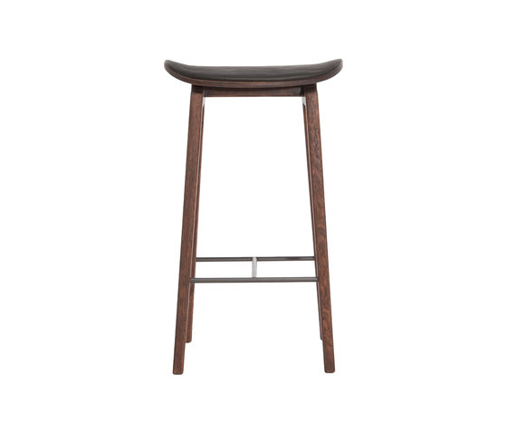 NY11 Bar Chair, Dark Stained - Premium Leather Black, Low 65 cm by NORR11 | Bar stools