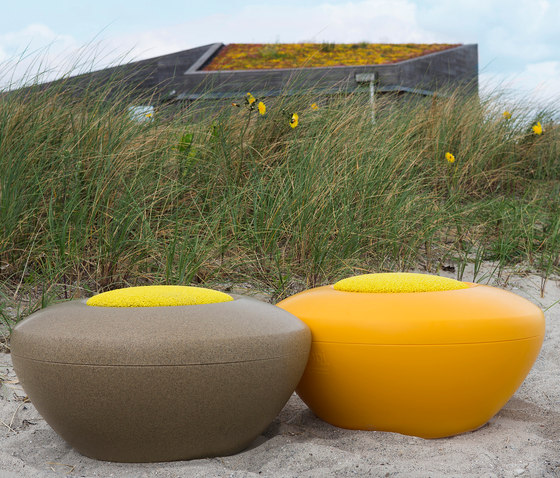 Scoop | Scopi Seat by Manga Street | Poufs