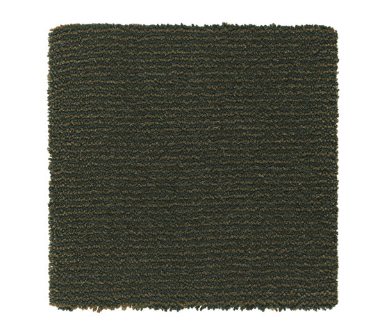 Iris | Pine Green 8381 by Kasthall | Wall-to-wall carpets