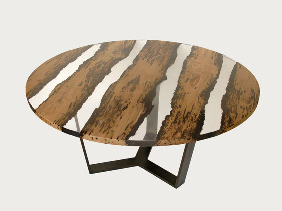 Bricola | Round Chimenti Table by Alcarol | Dining tables