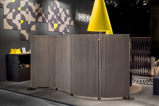 Wave room divider by HEY-SIGN | Folding screens