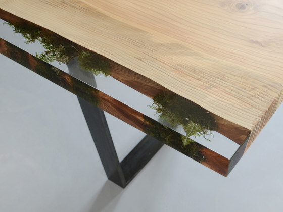 Undergrowth | Moss Table Limited Edition by Alcarol | Dining tables
