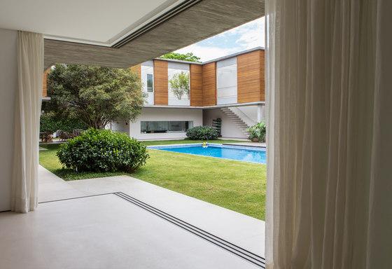 Corner | ah!38 by panoramah! | Patio doors