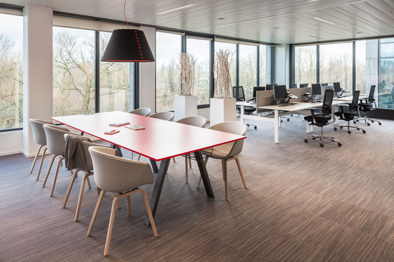 Ahrend Aero by Ahrend | Contract tables