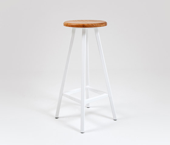 Studio | Bar Stool by Liqui Contracts | Bar stools