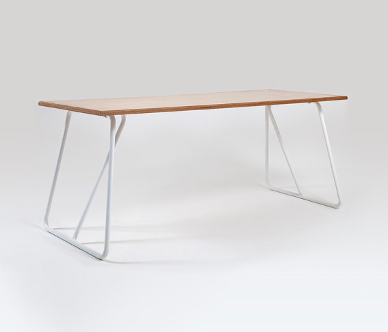 Trapeze | Table by Liqui Contracts | Dining tables