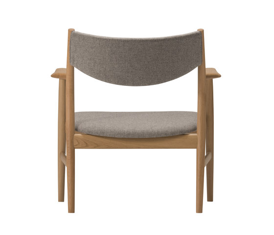 KAMUY Lounge Chair upholstered back di Conde House | Poltrone