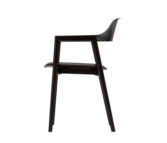 TEN Armchair Black Resin Back wood seat di Conde House | Sedie