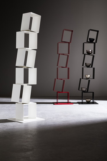 Stilt bookcase de Presotto | Estantería