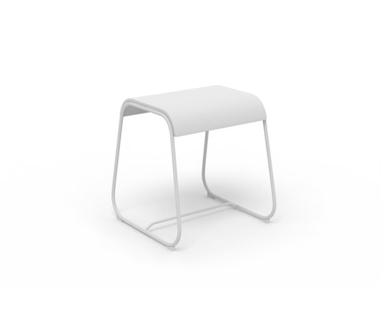 Lineo 47 by Crassevig | Stools