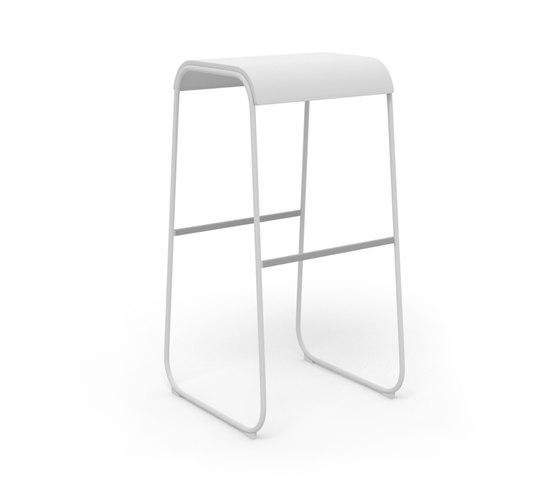 Lineo 82 by Crassevig | Bar stools