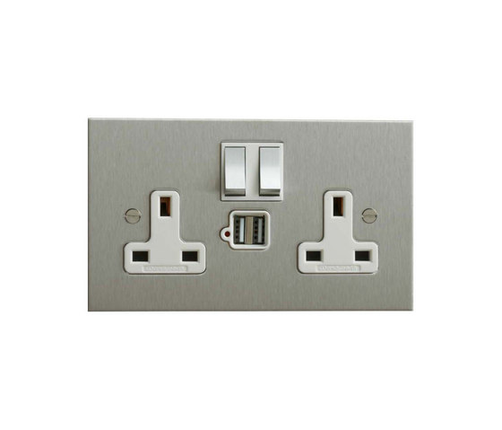 Stainless Steel double 13amp socket with USB di Forbes & Lomax | Prese inglesi