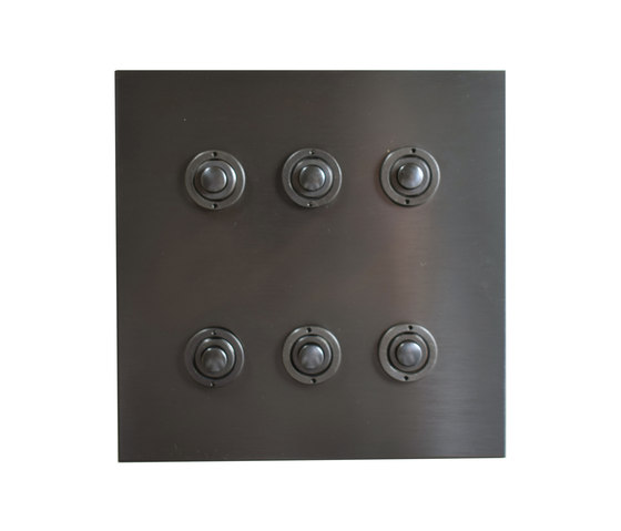 Six gang Antique Bronze button dimmer di Forbes & Lomax | interuttori pulsante