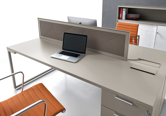 Ibis by ALEA | Desks